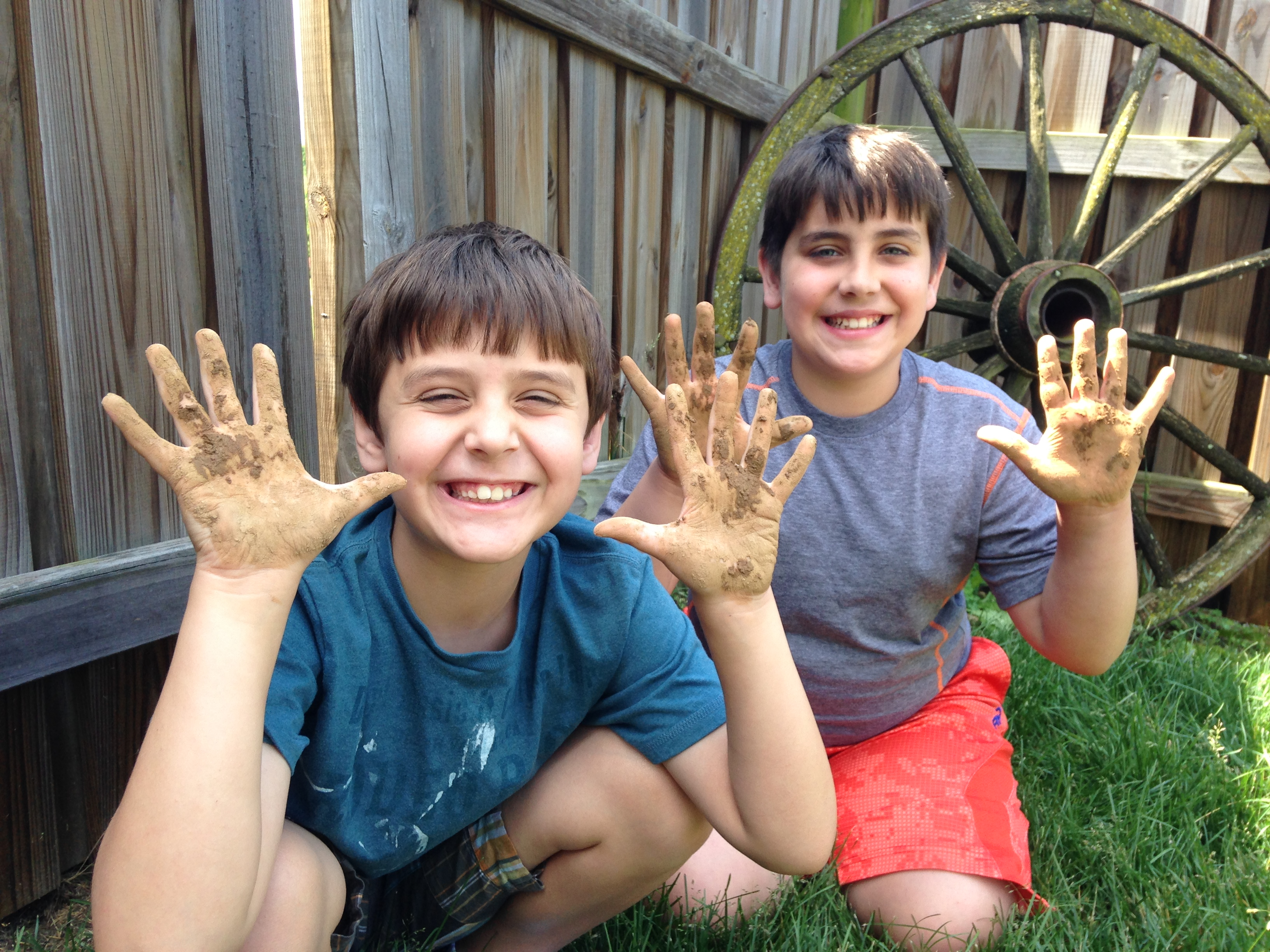 Hey kids, it's summertime, go get your hands dirty!